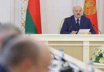 Александр Лукашенко во вторник поручил правительству ограничить транзит товаров из Германии в Россию и Китай через территорию Белоруссии