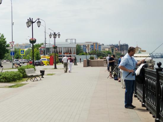 """В Астрахани вновь на выходных вводят """"сухой закон"""""""