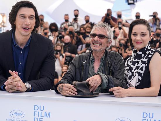 Каннский кинофестиваль открылся массовой сдачей слюны: процедура ужасает