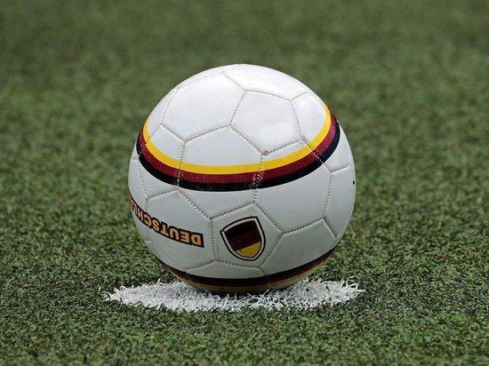 В Госдуме предложили существенно сократить зарплаты российских футболистов