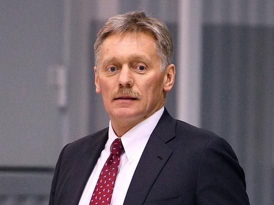 В Кремле прокомментировали угрозы МИД Британии продолжить манёвры около Крыма