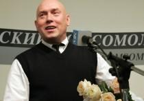 Народный артист Виктор Сухоруков объяснил свое решение покинуть Театр имени Моссовета, честно признав, что покидает родную сцену не без конфликта с коллегами