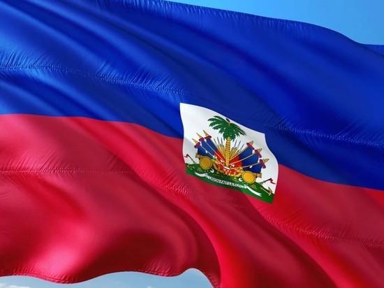 Посол: супруга президента Гаити переведена на лечение в США