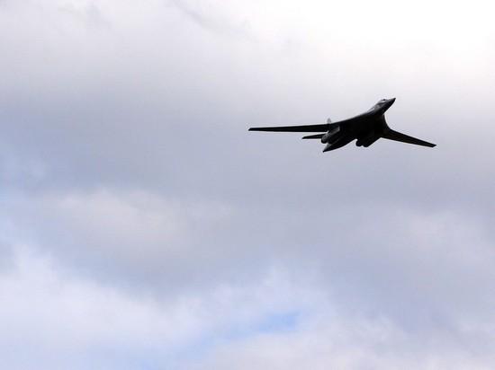 Российские стратегические ракетоносцы успешно выполнили пуск крылатых ракет в Арктике