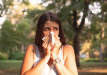 Вирус SARS-CoV‑2 стремительно мутирует, меняются и его симптомы, причем некоторые из них выглядят необычно для вирусной инфекции. О странных симптомах рассказывают врачи, в том числе на своих страницах в социальных сетях. «МК в Питере» собрал воедино сообщения о новых необычных пока симптомах COVID‑19.