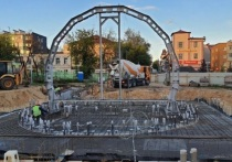 Шапша восхищен новым мультимедийным фонтаном в центре Калуги