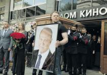 8 июля Москва простилась с народным артистом России, кинорежиссером, лауреатом премии «Оскар» Владимиром Меньшовым