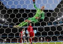 На чемпионате Европы по футболу осталось провести всего один из 51 матча, и именно в нем будет определена лучшая команда континента