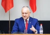 Додон: Партию AUR, выступающую за ликвидацию Молдовы, нужно запретить