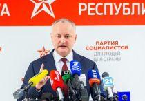 Додон призывает граждан Молдовы на протест для защиты демократии