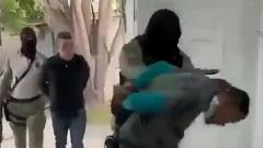 Разложили на полу: появилось видео задержания убийц президента Гаити