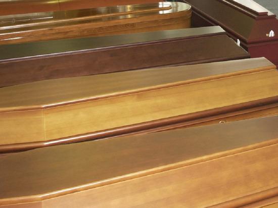 В петербургском крематории образовался «гробовой завал» из-за высокой смертности