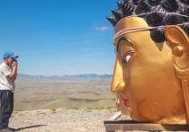 В столице Тувы  на горе Догээ устанавливают большую статую Будды