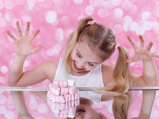 Педиатр Нисо Одинаева назвала вредные для детей продукты питания