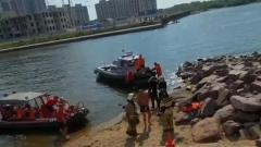 В Петербурге катер с пьяными пассажирами врезался в стену канала