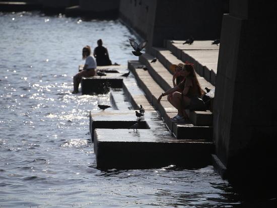 Метеоролог посоветовал петербуржцам не расслабляться и ждать еще одного температурного рекорда