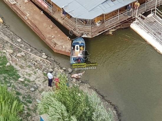 На Речном вокзале в Барнауле обнаружили труп мужчины