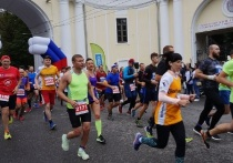 В Калуге на космический марафон допустят бегунов с прививкой или ПЦР-тестами