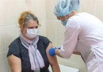 Более 93% поступившей COVID-вакцины израсходовали в Псковской области