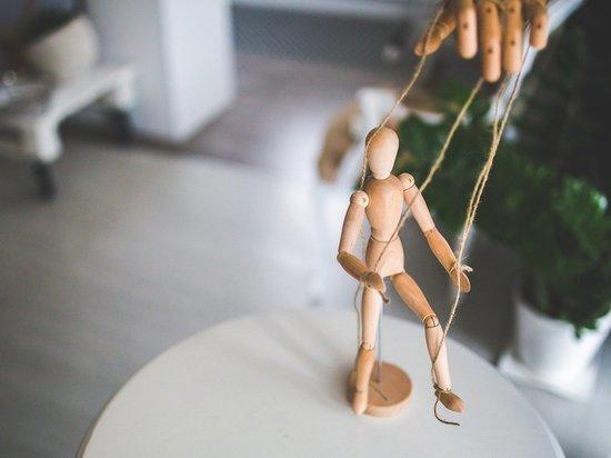 Каким образом распознать моральное насилие мужчины-манипулятора и защитить себя