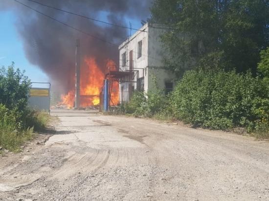 В воскресенье в Йошкар-Оле горела пилорама