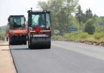 Ремонт автодороги Остров – Новоржев идёт в полном разгаре в Псковской области