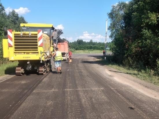 Начался ремонт дороги Малая Толбица – Большая Толбица в Псковском районе