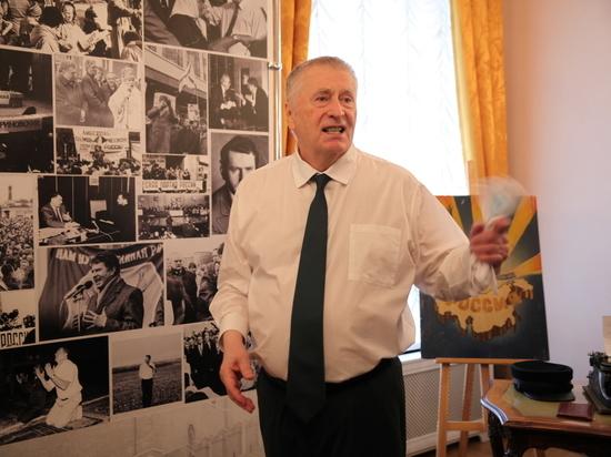 В ЛДПР предложили включить Жириновского в тренерский штаб сборной России