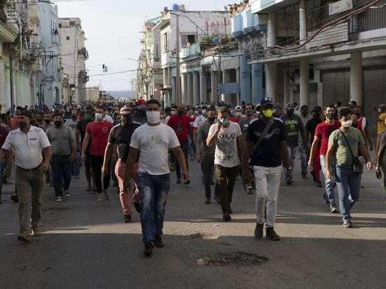 «Самая высокая зарплата на Кубе - 40 долларов в месяц, в России столько можно в день заработать»