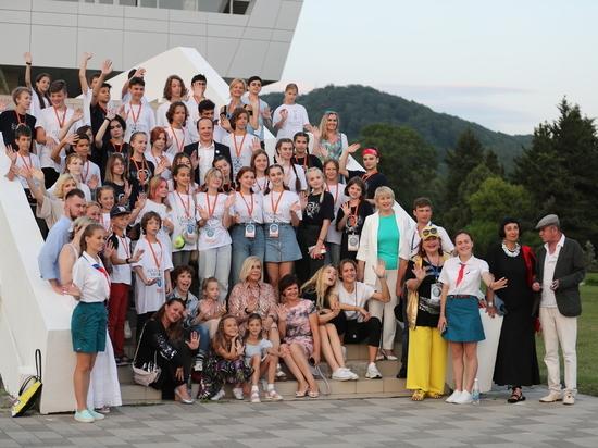 В ВДЦ «Орлёнок» прошёл Всероссийский фестиваль визуальных искусств