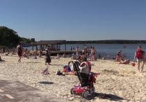 Белый кварцевый песок так преобразил подмосковные пляжи, что их начали сравнивать с лучшими береговыми линиями самых престижных курортов мира
