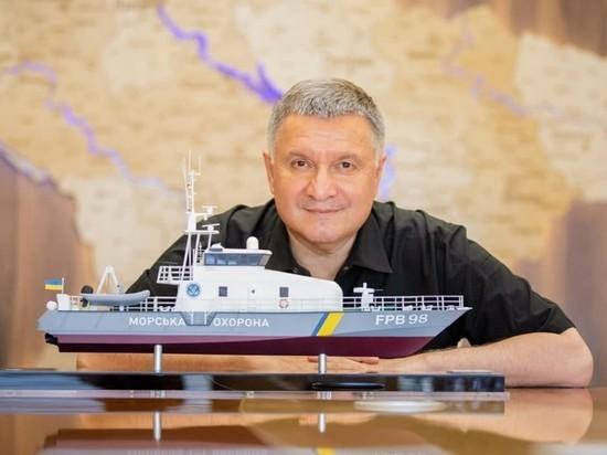 В отставке украинского министра Авакова обнаружился «венгерский след»