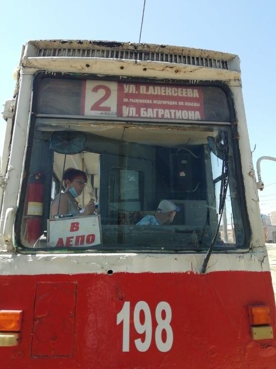 Все лето смоляне могут побывать на бесплатной экскурсии в трамвае
