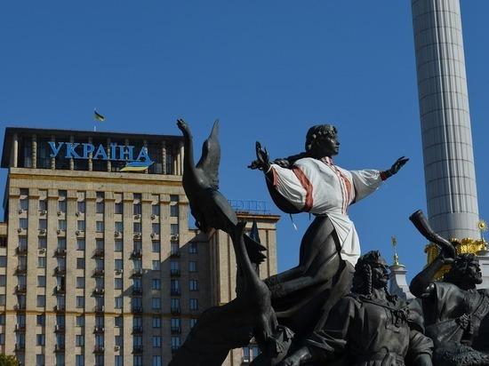 Дипломат заявил, что судьба страна — в руках самих украинцев