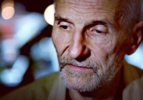 15 июля не стало Петра Мамонова - основателя группы «Звуки Му», выдающегося музыканта, поэта и актера, сыгравшего в фильмах Павла Лунгина «Такси-блюз», «Остров», «Царь» и многих других