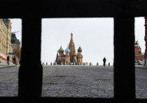 Президента Путина попросили ввести в стране на две недели режим нерабочих дней из-за высокой смертности от коронавируса