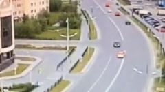 Невозмутимый водитель авто прокатился по «встречке» в Новом Уренгое