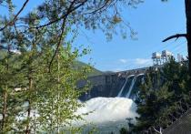 Водопад все: На Красноярской ГЭС закончили водосброс