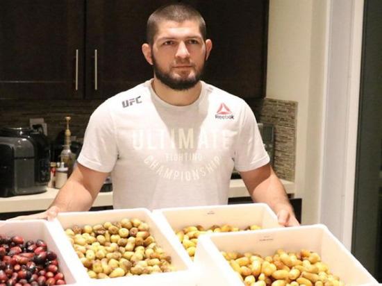 Махачев рассказал, что Нурмагомедов набрал 10 кг
