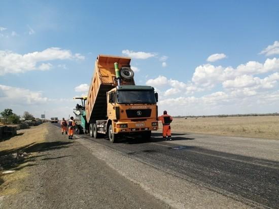 В Астрахани отремонтируют ещё 25 километров дорог