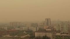Якутию накрыл желтый смог от лесных пожаров: видео