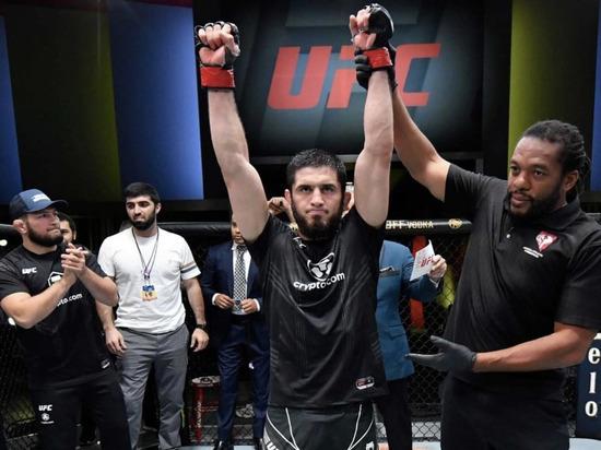 Самбо снова сильнее джиу-джитсу: Махачев победил Мойзеса в UFC