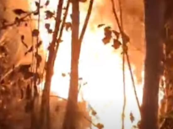 Добровольцы рассказали о тушении пожаров Якутии: плавятся сапоги, опухают глаза