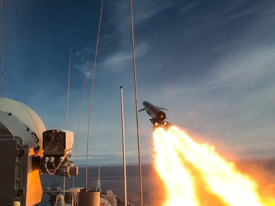 Российское руководство продолжает пугать весь мир своей боеспособностью. Гиперзвуковую ракету «Циркон» испытают с подводной лодки «Северодвинск» уже в августе.