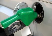 Президент по стратегическому развитию ЛУКОЙЛа Леонид Федун заявил, что стоимость бензина в России в значительной степени зависит от курса рубля к иностранным валютам