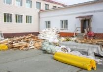 Ремонт в городских школах и детсадах проинспектировал глава Салехарда