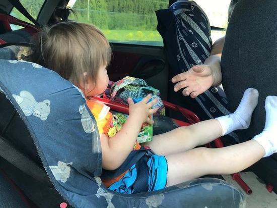Тюменские автоинспекторы проверяют соблюдение правил перевозки детей