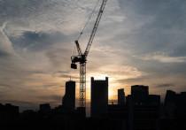 «Бурят, стучат, колотят»: ночные строительные работы мешают спать жителям Салехарда