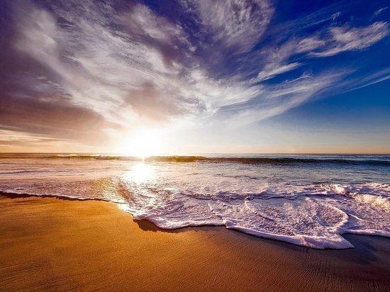 В Ейске вода в море прогрелась до 30 градусов