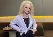 Лариса Долина показала архивное фото Юлии Началовой